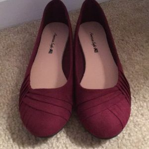 NWOT Red/ maroon flats